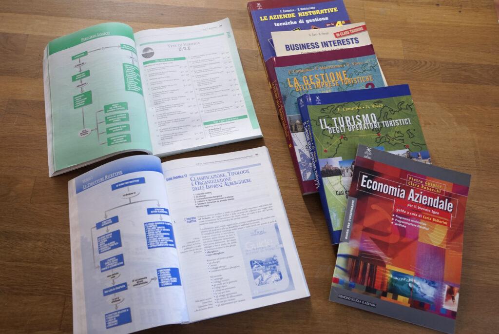volumi di tecniche turistiche - impaginazione