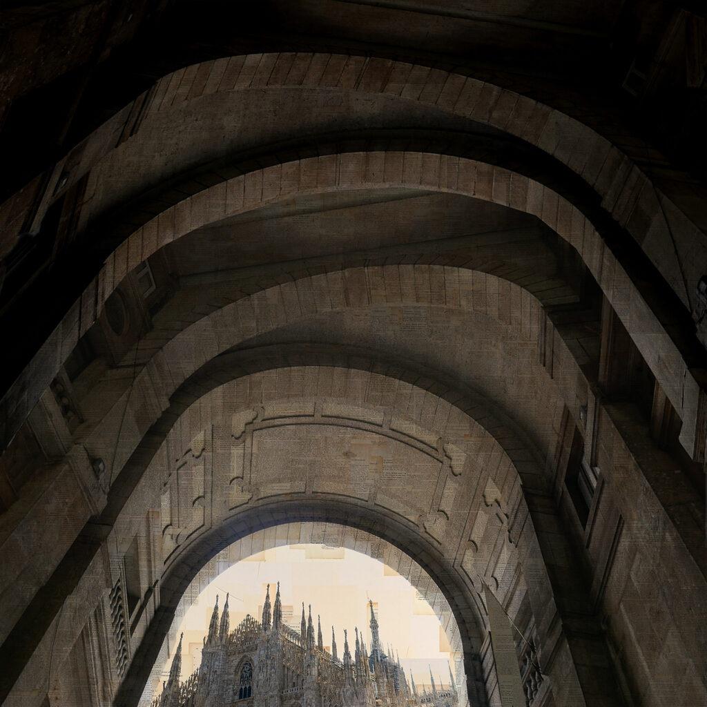 Milano, L'eco delle orazioni, 100x100cm